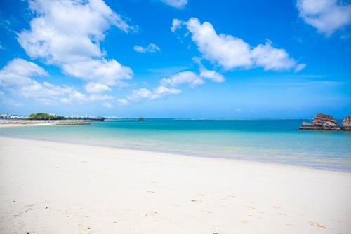 沖縄移住 海 アラハビーチ