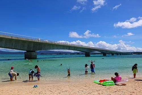 沖縄移住 海 古宇利ビーチ