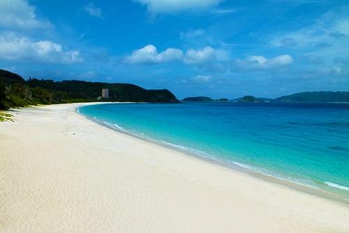 沖縄移住 海 古座間味ビーチ